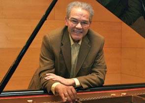 El pianista cubà Cecilio Tieles, en concert